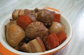 懶人電鍋料理 貢丸滷五花肉