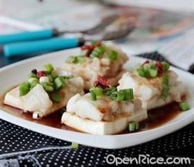 豆腐鮮蒸海魚