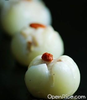 魚茸釀荔枝