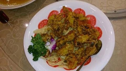 香酥軟殼蟹:我特別喜歡這道,因為別家的炸軟殼蟹,