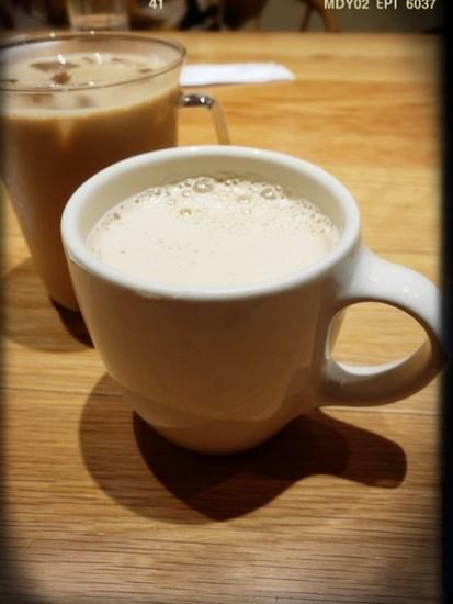 手沖濃縮咖啡歐蕾(NT 80/細杯)